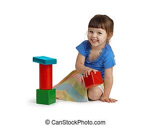 weinig; niet zo(veel), vrolijke , meisje, spelend, met, kleur, speelgoed, vrijstaand, op wit, achtergrond