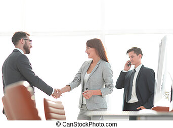 welcome handshake Manager and the client