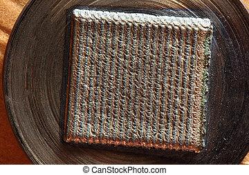 Welding bead in metal roller