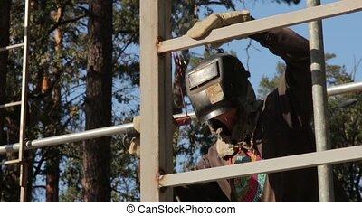 Welding Of Building Construction - Welding of building...