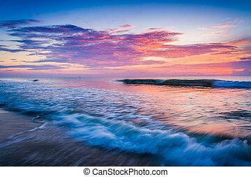 wellen, auf, atlantische ozean, an, sonnenaufgang, st. augustine, sandstrand, flo