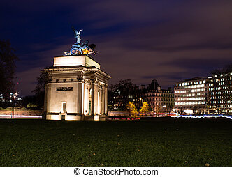 Wellington Arch at Dusk. London, United Kingdom.