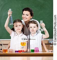 wenig, pupillen, studieren, chemie, mit, ihr, lehrer