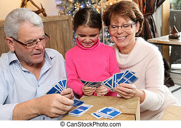 wenig, sie, großeltern, karten, m�dchen, spielende
