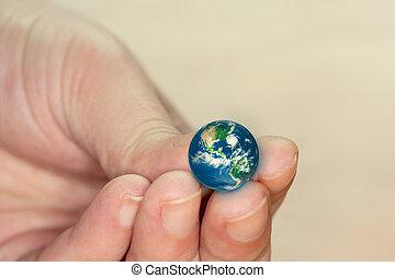 wereld, weinig; niet zo(veel)
