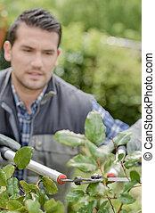 werken, tuinman