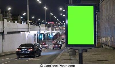 werkende, auto's, evening., verhuizen, scherm, opgespoorde, groene, straat., buitenreclame