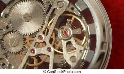 werkende , binnen, horloge, mechanisme, aangrijpende uitdossingen