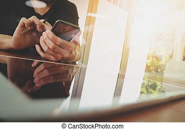 werkende , tablet, houten, moderne, zakenman, hand, telefoon, computer, bureau, nieuw, smart
