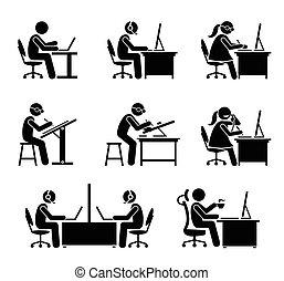 werknemer, werkende , met, computer, en, draagbare computer, op, kantoor.