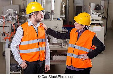werknemers, fabriekshal, gebied