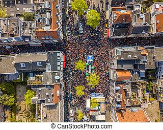 Westerstraat on Kings day