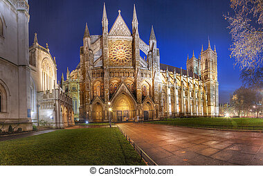 View of the North side of Westminster Abbey at night - Panoramic HDR