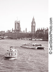 Westminster Bridge and the Houses of Parliament with Big Ben, London