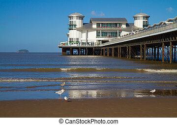 Weston-super-Mare Grand Pier - Weston-super-Mare beach and ...