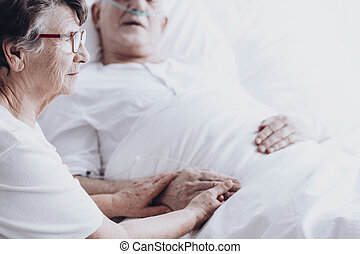 Wfie visiting husband at hospital