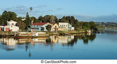 Whanganui Steam Boat Area - Beautiful morning on the...