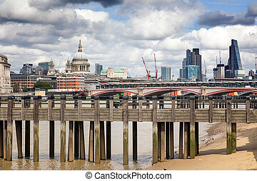 Wharf, St Paul's and the City of London