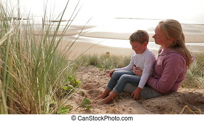 What do you love about the Beach - Slow motion of a mother...