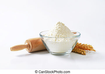 Wheat flour and rolling pin