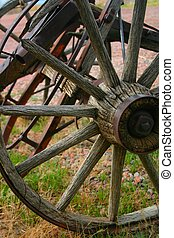Wheel 3980 - Weathered wagon wheel hints at hardships ...