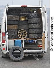 Wheels truck