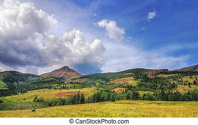 When Prairie meets Rocky Mountains - Waterton Lakes National...