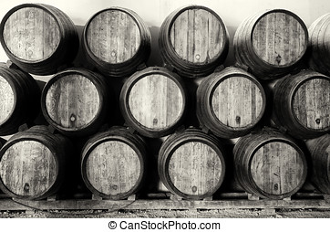 Whisky or wine barrels in black and white - Old barrels for...
