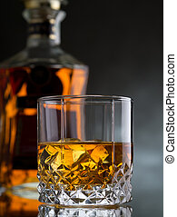 whisky, rocas