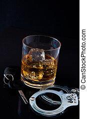 whisky, rocas, llave coche