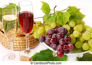 white and red grapes and wine