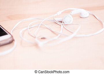 white earphone wire to mobile phone