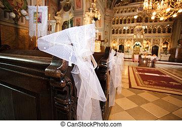 white esküvő, dekoráció, alatt, egy, templom