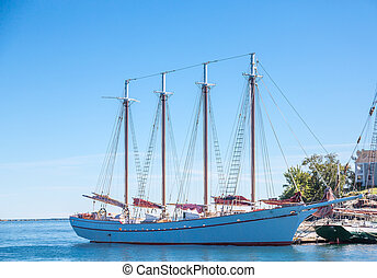 White Four Masted Schooner - Four masted schooners moored in...