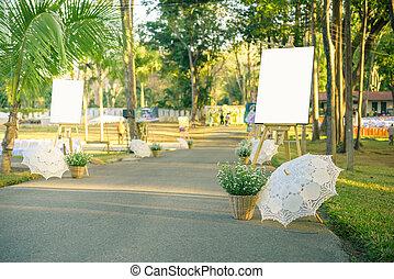 White frame photo in wedding day