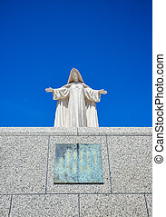 White Maria statue with blue sky2