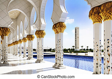White Mosque in Abu Dhabi - Sheikh Zayed mosque at...