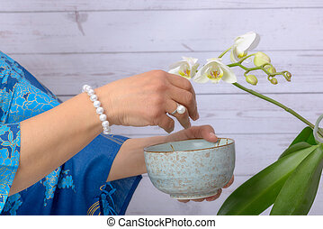 White pearl bracelet and ring with Japanese pearl. On the...