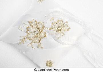 white ring pillow