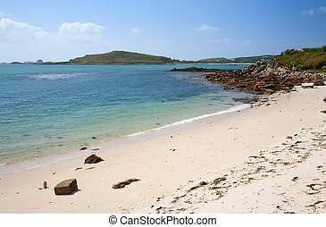 White sands at Appletree Bay, Tresco, Isles of Scilly, Cornwall, England.