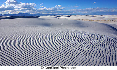 White Sands, New Mexico - The White Sands desert is located ...