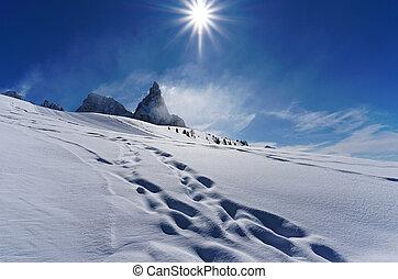 White snow mountain sunny day