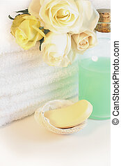 White towels - Luxurious spa towels with white and yellow...