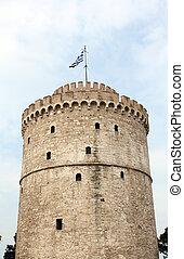 white tower famous Thessaloniki landmark
