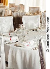 White wedding table set