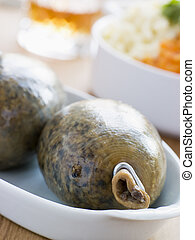 Whole Haggis with Neeps Tatties and Whiskey