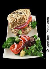 Wholegrain Salad Roll 2