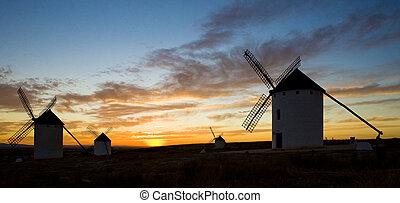 wiatraki, campo, od, castile-la, criptana, mancha, zachód słońca, hiszpania