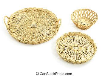 Wicker trays, basket - Woven wicker round trays and basket ...