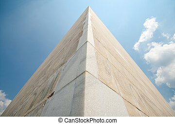 Wide angle shot of Washington Monument in Washington DC